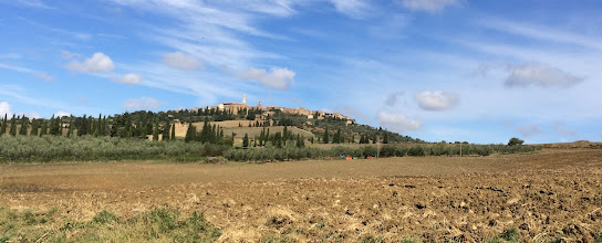 Photo: Driving up to Pienza