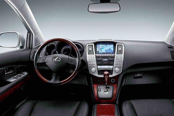 2006-Lexus-RX330-Interior