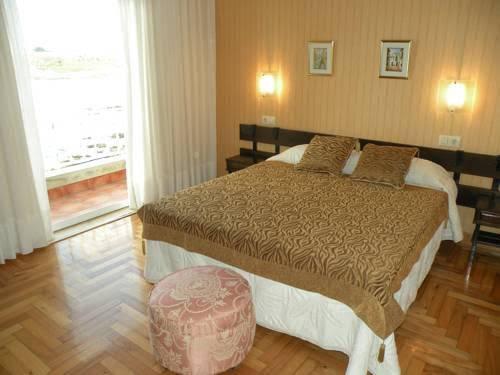 Hotel Rompeolas