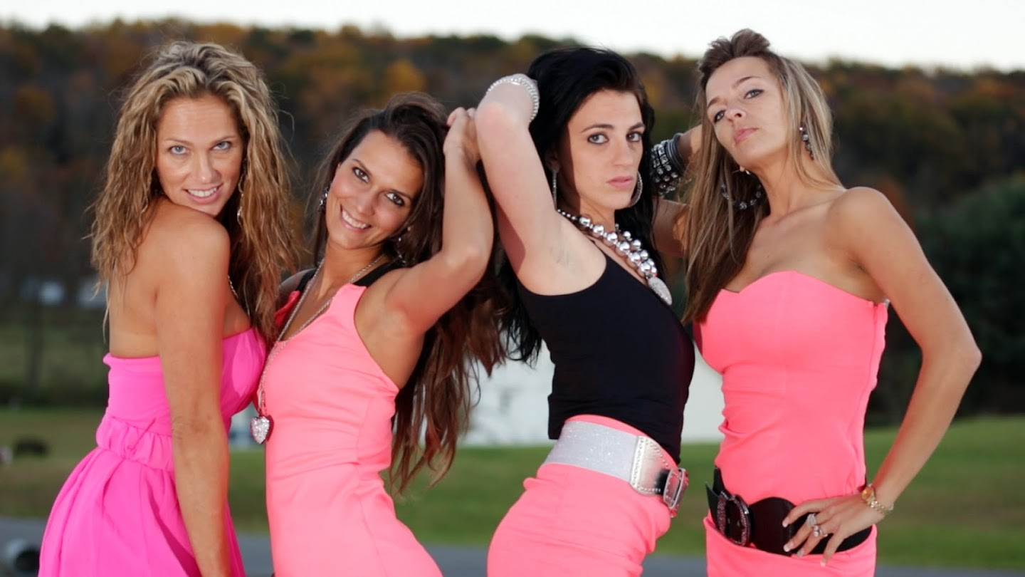 Watch Gypsy Sisters live