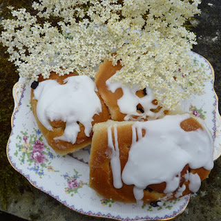 Elderflower scented Belgian buns