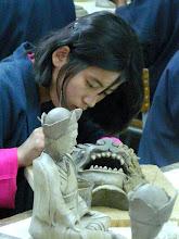 Photo: wird jungen Leuten das traditionelle Kunsthandwerk gelehrt