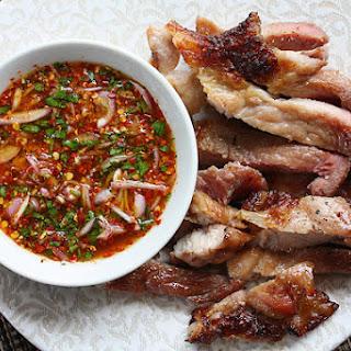 Thai Grilled Pork Neck (Ko Mu Yang คอหมูย่าง).