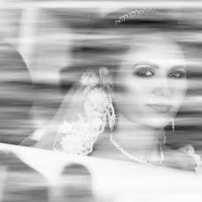 Wedding photographer Sima Petrica (SimaPetrica). Photo of 07.12.2017