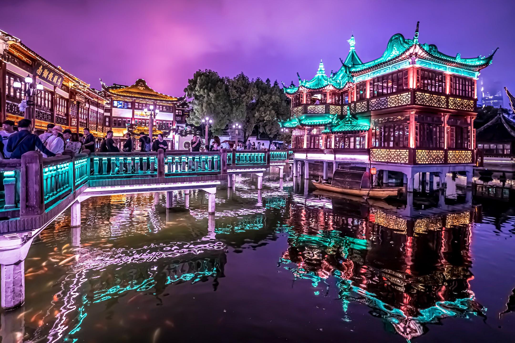 上海 豫園 湖心亭 ライトアップ3