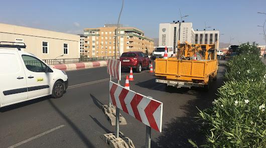 Cortado parcialmente al tráfico el puente de la Avenida del Mediterráneo