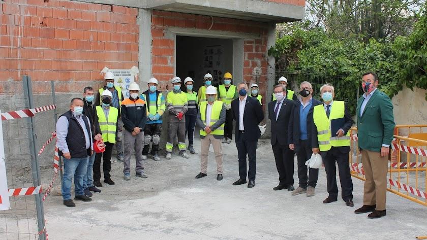 Visita de las autoridades a las obras en marcha.