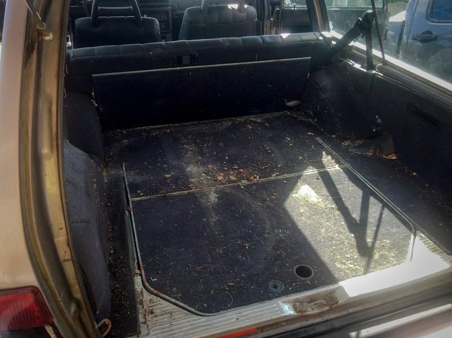 Project Folvo I guess?? (5 0 240 wagon inside) - Turbobricks