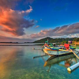 Landscape Lombok  by Made Thee - Transportation Boats