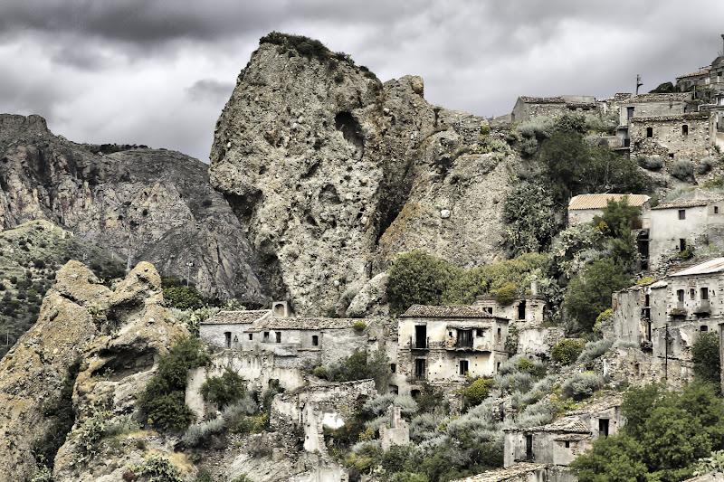 Pentedattilo, il borgo abbandonato di daniele1357