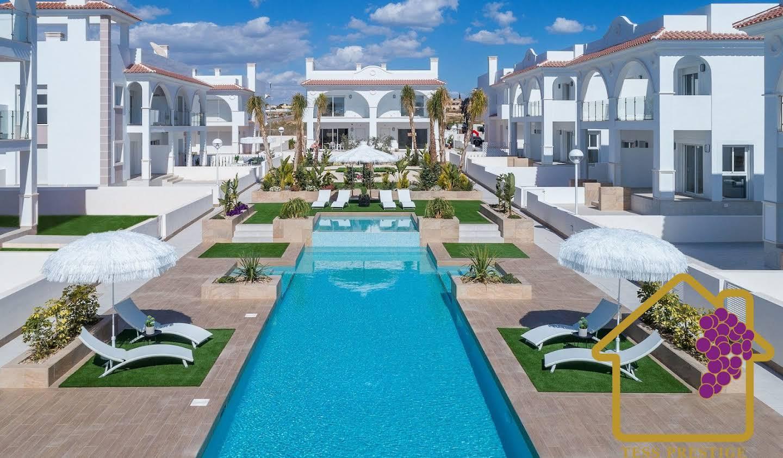 Villa avec piscine et terrasse Rojales