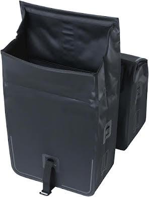 Basil Urban Dry Double Panner - 50L Black alternate image 3