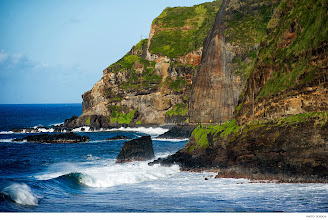 Photo: Photo of the Day: Hank Gaskell, Maui. Photo: Gordon #Surfer #SurferPhotos