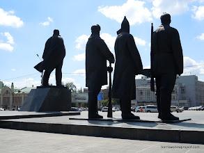 Photo: Soviet statues on Ploshad Lenina