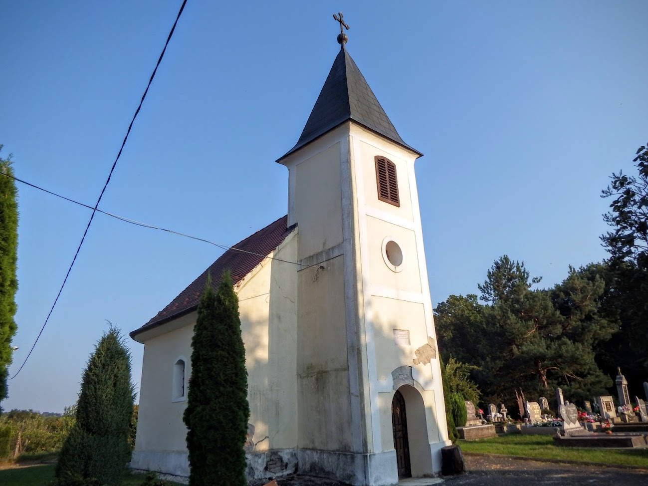 Gosztola - Szent Mária Magdolna rk. temetőkápolna