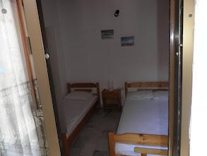 Photo: Το δωμάτιο του διαμερίσματος Νο 8 - Room of apartment No 8