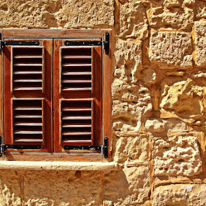the small window_PIX.JPG