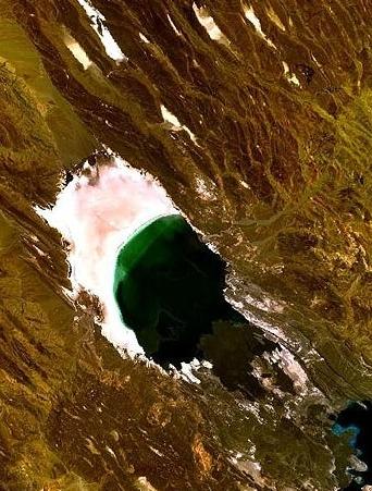 Озеро Ассаль (вид из космоса)