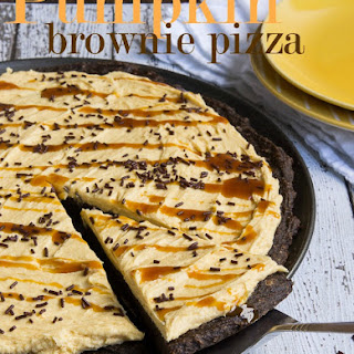 Pumpkin Brownie Pizza with Pumpkin Buttercream Frosting