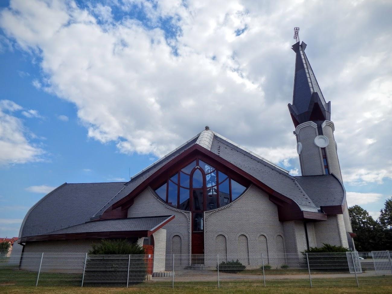 Szombathely - Batthány-Strattmann László és Fatimai Szűz Mária rk. templom
