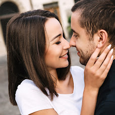 Wedding photographer Alena Smirnova (AlenkaS). Photo of 16.10.2018