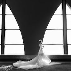 Wedding photographer Zhicheng Xiao (xiaovision). Photo of 09.02.2018