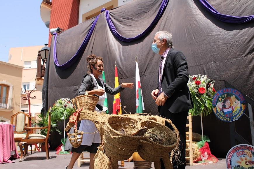 Representación teatral en el Día del Municipio.