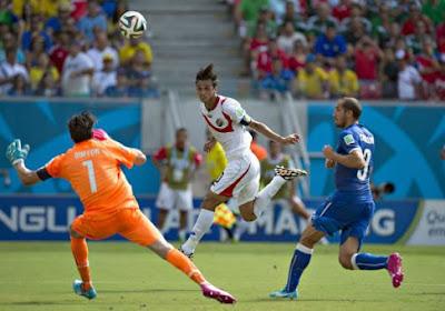 Le Costa Rica bat l'Italie et élimine l'Angleterre