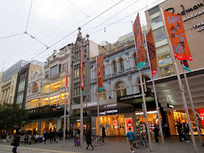 Photo: Melbourne - Bourke St. Mall