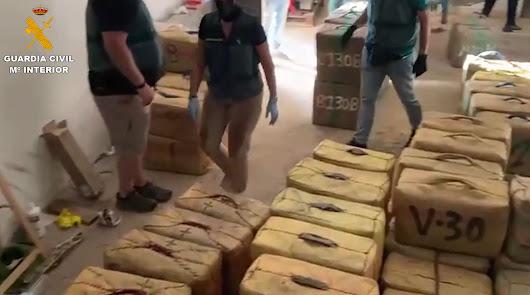 Duro golpe al hachís en Almería: ocho detenidos con cinco toneladas de droga