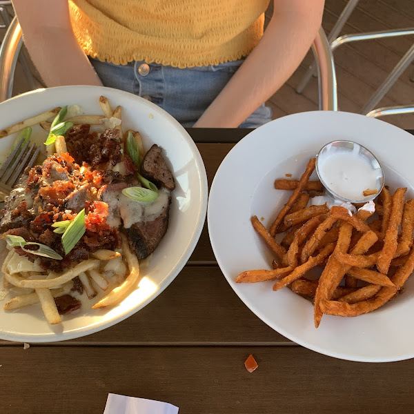Steak frites with cinnamon sweet potato fries and marshmallow dip