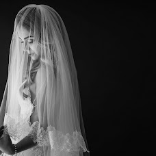Wedding photographer Iván Inzunza (ivanylucrecia). Photo of 11.04.2017
