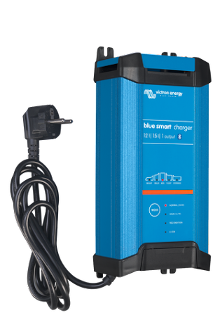 Victron Blue Smart IP22 Charger 12/15(3) 230V CEE 7/7