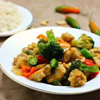 Spicy Honey Cashew Chicken