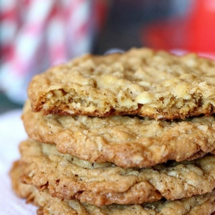 Crispy Chewy Oatmeal Cookies Recipe