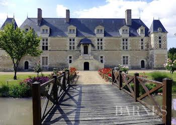 Château 13 pièces 900 m2