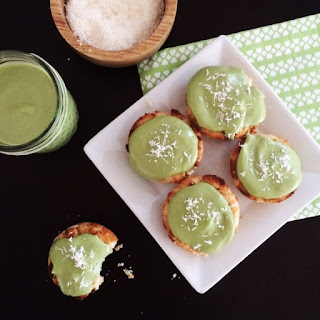 Low Carb Vegan Coconut Matcha Cupcakes