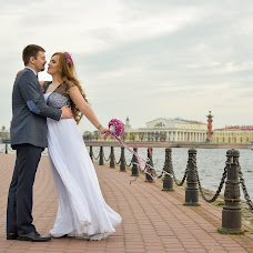 Wedding photographer Ekaterina Lukonina (KatyaLukonina). Photo of 23.07.2015
