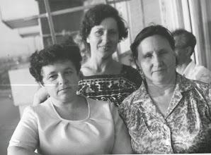 Photo: Выпускники 53 года много лет спустя