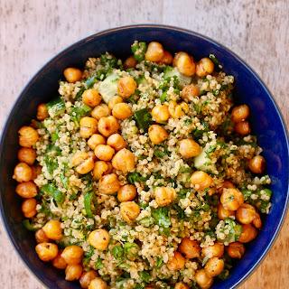 Falafel Spiced Quinoa Salad with Crispy Chickpeas Recipe