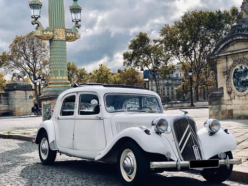Private city tour of Paris in car