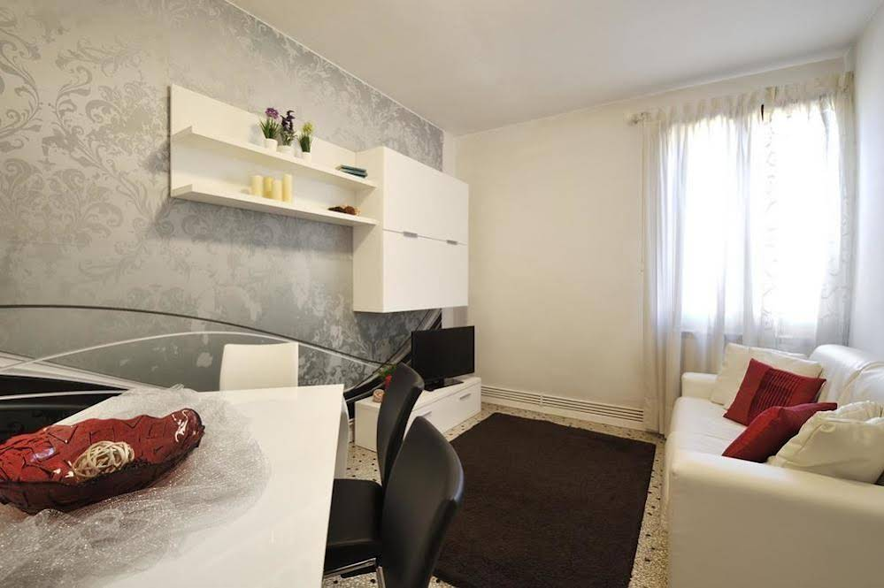 Accademia Style Apartments
