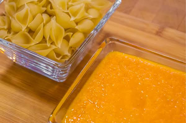 Four-ingredient Tomato Sauce Recipe