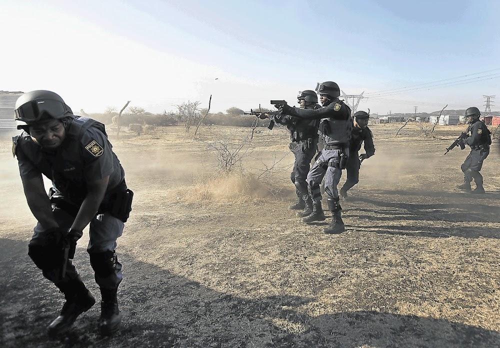 SA kry nie die antwoorde wat dit verdien nie, sê Marikana-beoordelaar Farlam - TimesLIVE