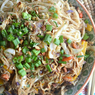 Slow Cooker Pad Thai Chicken.