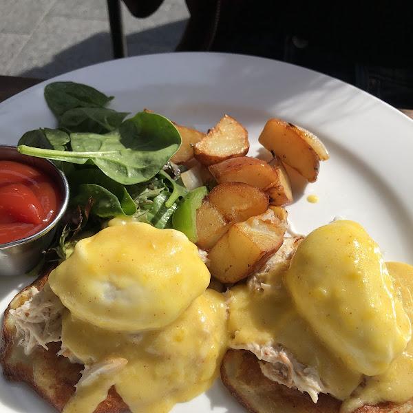 Eggs Benedict fantastic!