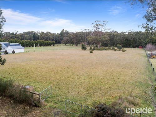 Photo of property at 18 Gleeson Street, Trentham 3458