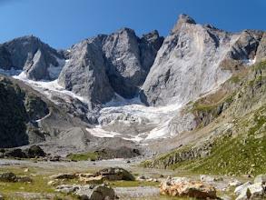 Photo: Dalla piana del Ref des Oulettes, la parete nord del Vignemale, 3298m, la cima più alta al confine tra Spagna e Francia.