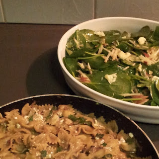 Jamie Oliver's 15 Minute Meals Mushroom Farfalle Blue Cheese Hazelnut & Apple Salad.
