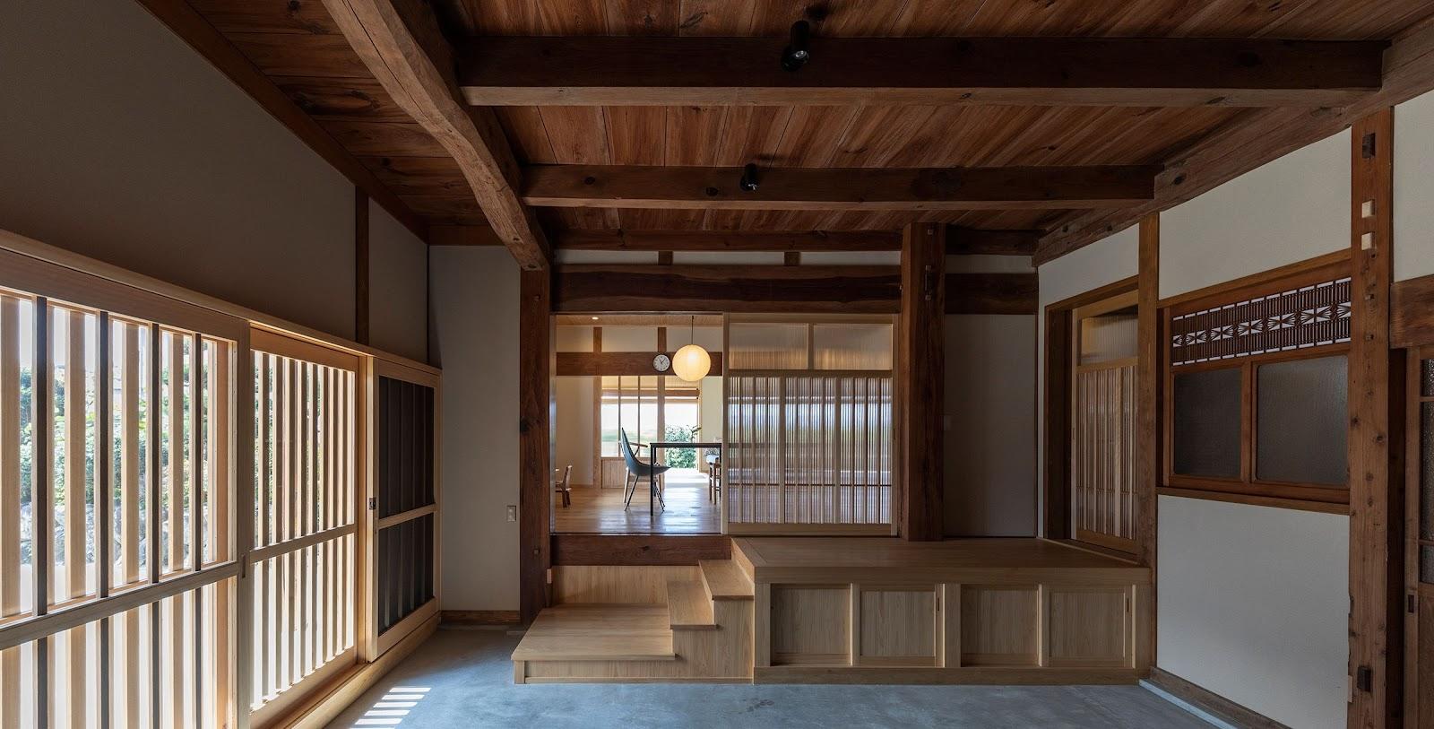 Traditional Kominka Renovation in Jonan by Takashi Okuno & Associates | source: okunotakashi.jp